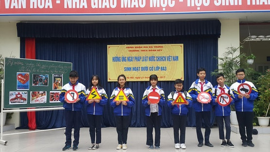 upload/29925/20180924/Huong_ung_ngay_Phap_luat_VN.jpg